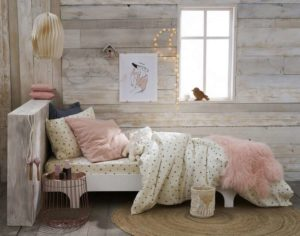 une petite chambre cosy notes de styles le blog. Black Bedroom Furniture Sets. Home Design Ideas