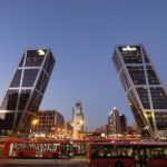 Philip Johnson, architecte, Porte de l'Europe Madrid