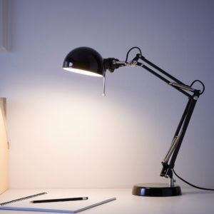 Lampe d'architecte, Ikea, Pièce intemporelle