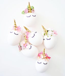 Oeufs Licorne / Little Inspiration / DIY Pâques Notes de Styles