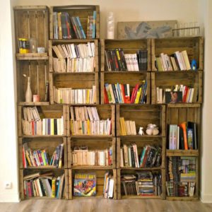 Bibliothèque en cagettes, Ta vie est belle - Notes de Styles