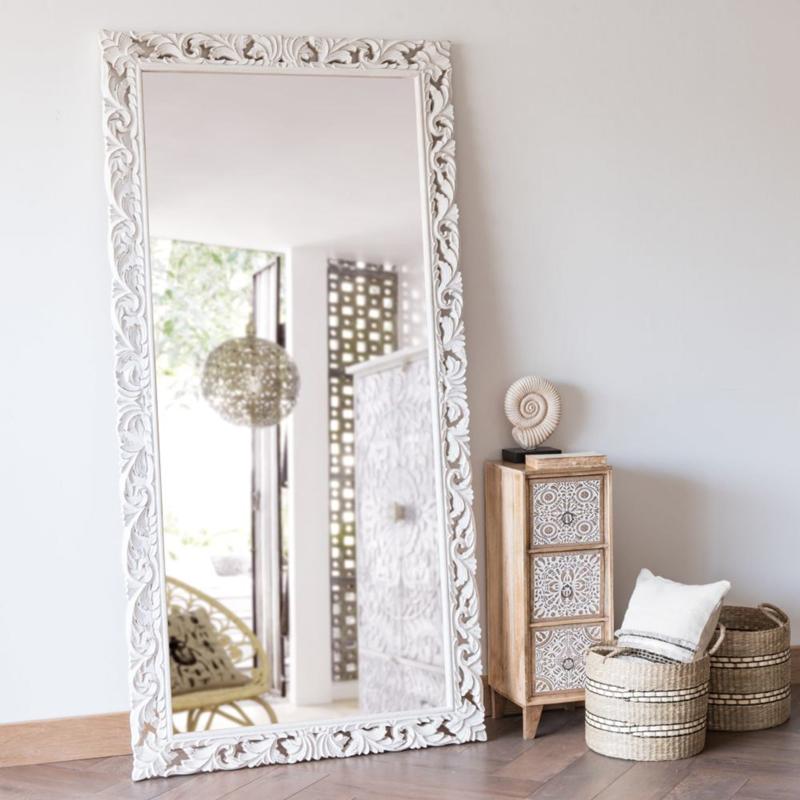 Miroir en manguier sculpté blanc - Maisons du Monde