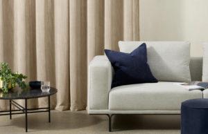 Selky - paire de rideaux à œillets en velours - Made.com